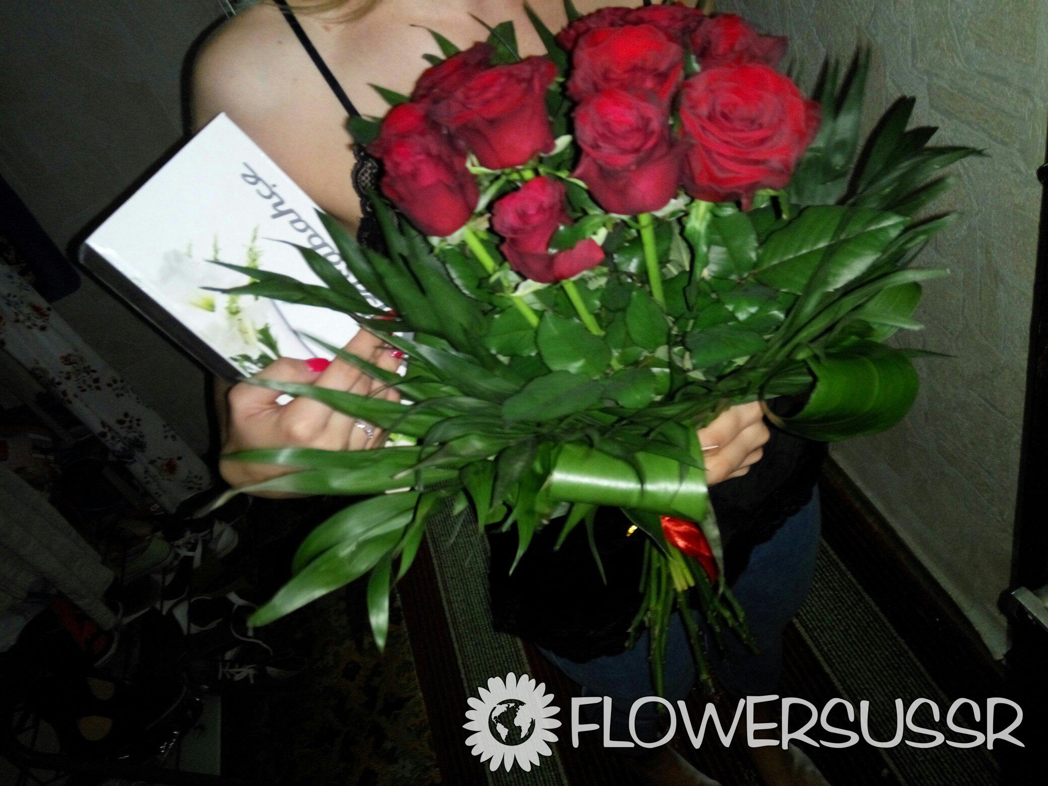 Order flowers delivery to Russia and a picture of delivery for free
