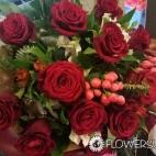 New-Year's-bouquet-to-Kiev,-Ukraine