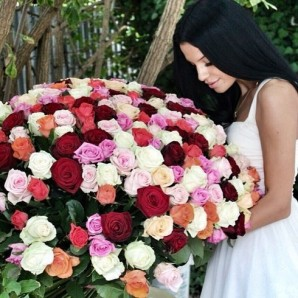 Flower-giving for Women's day in Russia