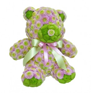 Teddy bear made of flowers