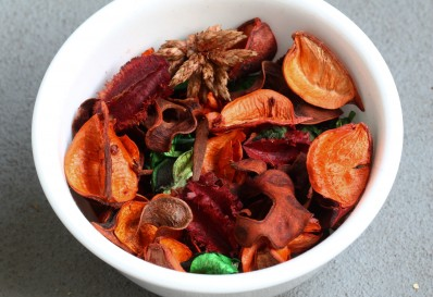 Making scented potpourri at home