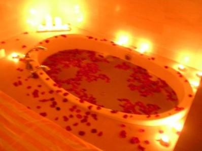 romantic-bath-with-rose
