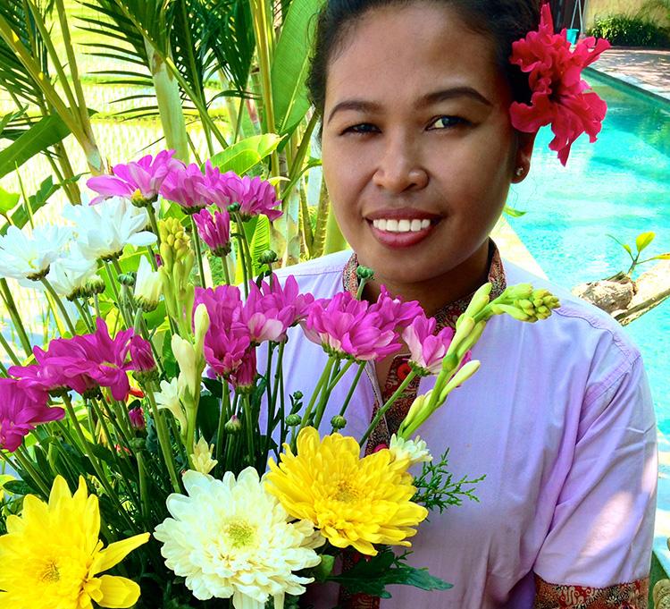 Доставка цветов на Бали, Индонезия