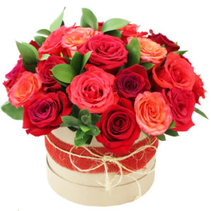 Цветы в шляпной коробке с доставкой по миру